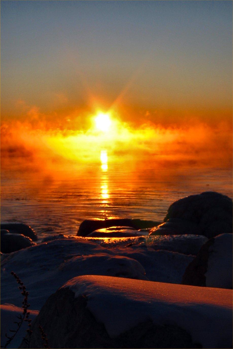 soul amp golden sunrise in mist on lake michigan with. Black Bedroom Furniture Sets. Home Design Ideas