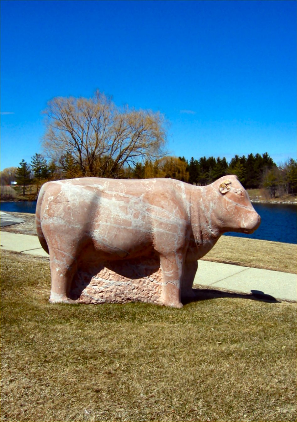 soul-amp cow statue pics